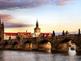 Coma bem e pague pouco nos restaurantes do Kampa Group em Praga
