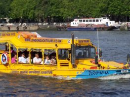 Fui de London Duck Tour e Slug and Lettuce