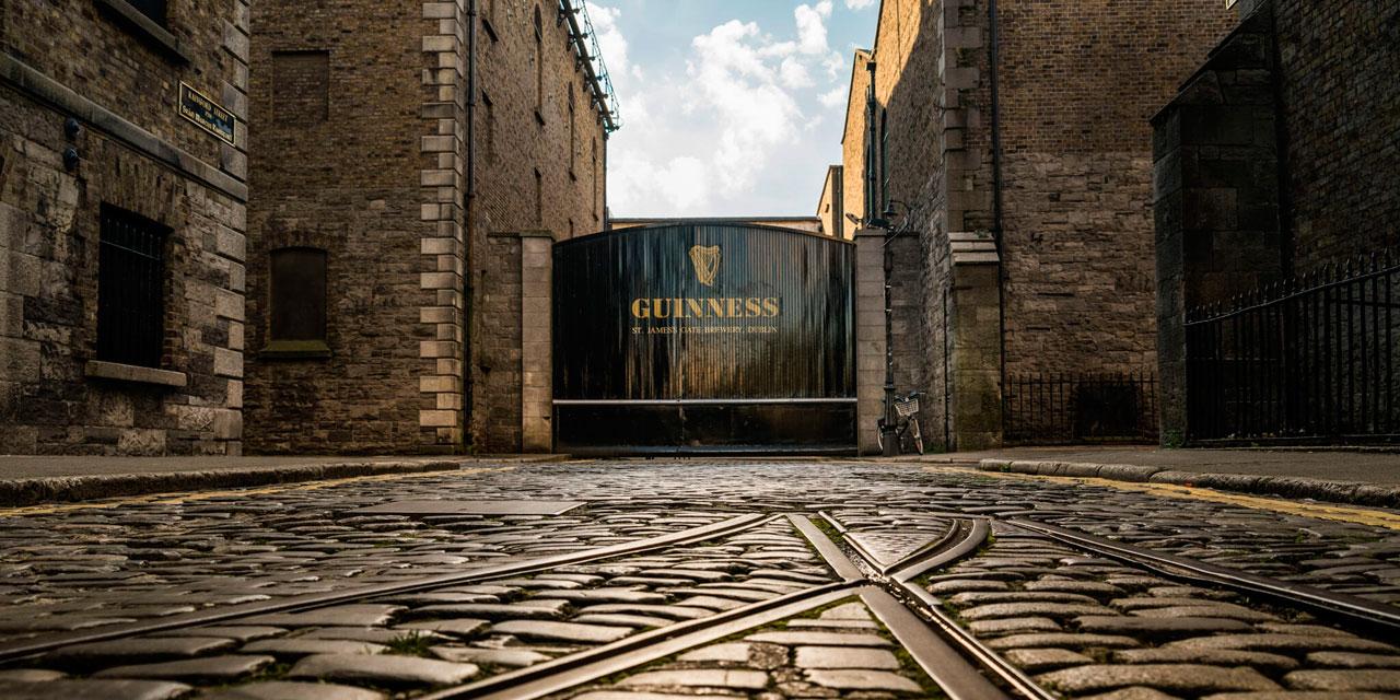 Como todo bom turista em Dublin: minha passadinha na Guinness Storehouse