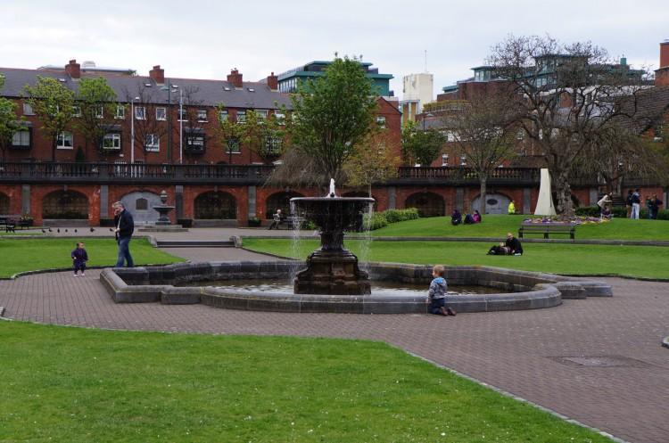 Dublin-Saint-Patricks-Park-01