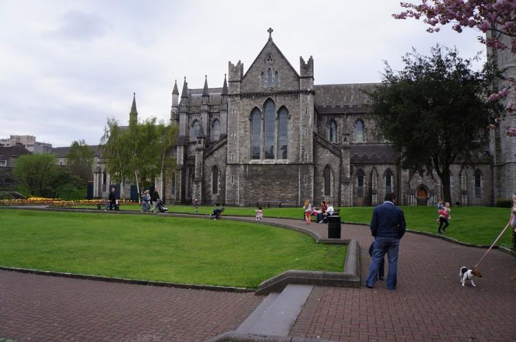 Dublin-Saint-Patricks-Park-02