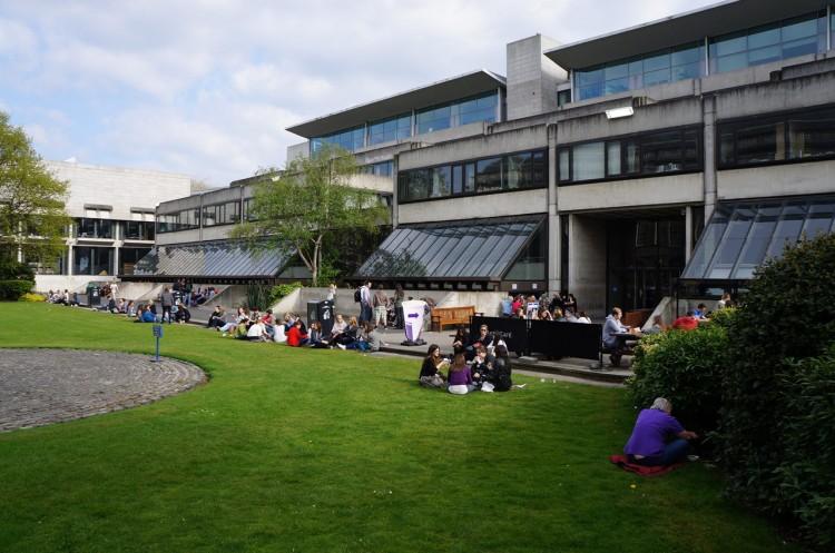 Dublin-Trinity-College-05