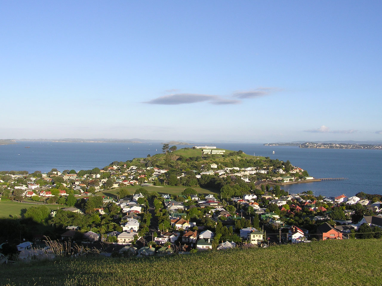 50 tons de cinza em Devonport, Auckland