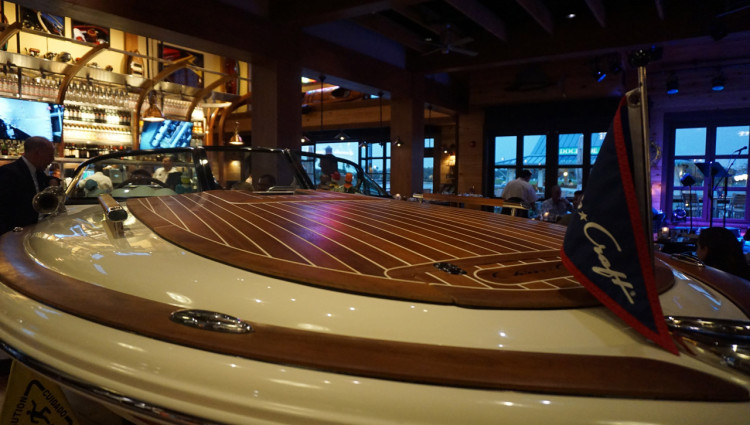 Orlando-Disney-Spring-Boathouse-01