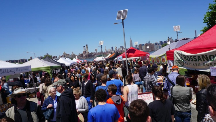 Nova-York-Williamsburg-64-Smorgasburg-at-East-River-State-Park-90-Kent-Avenue