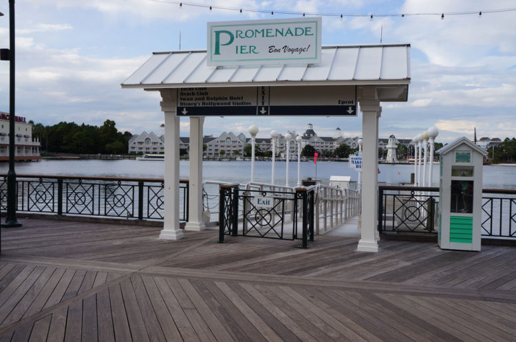 epcot-129-boardwalk