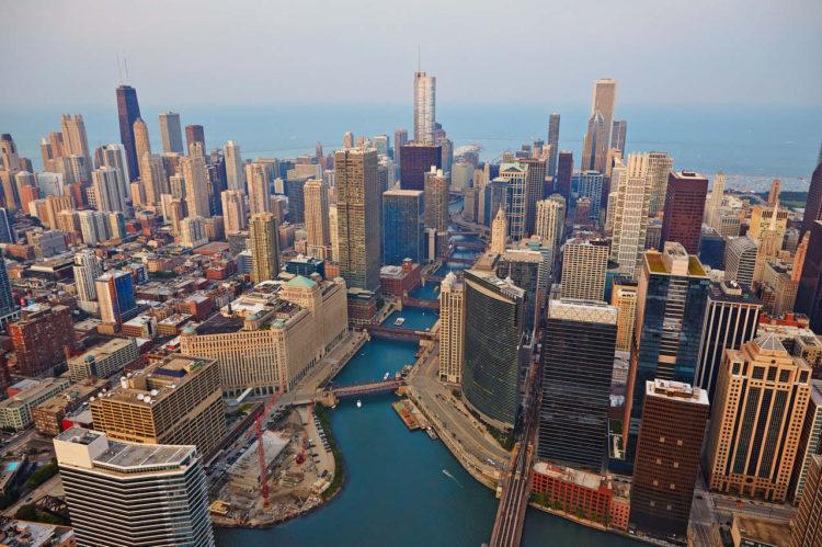 Diferenças entre Chicago em Nova York: Chicago River