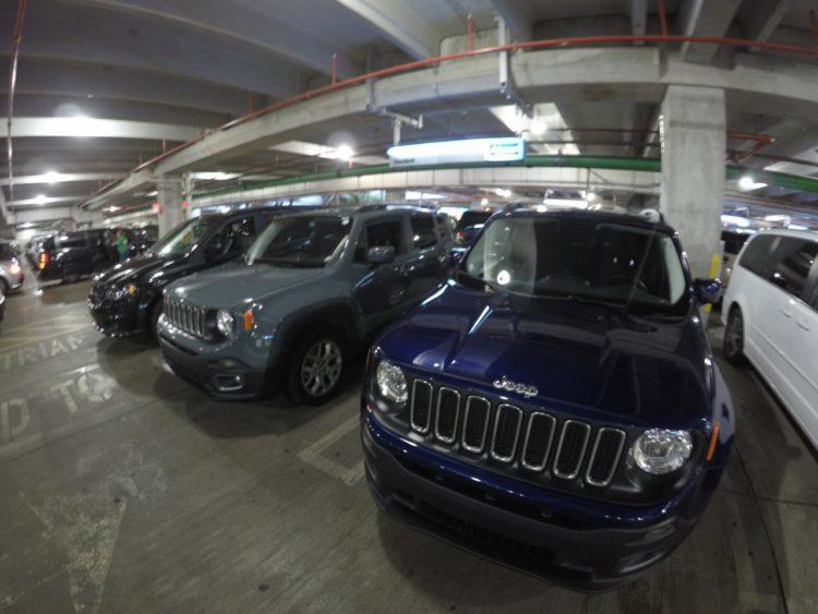 Carro em Miami: carros da Alamo no aeroporto de Miami
