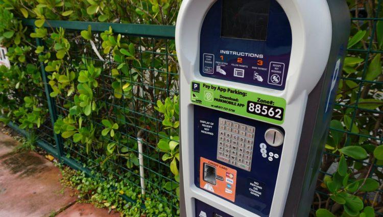 Carro em Miami: parquímetro de rua em Miami