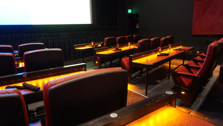 AMC Disney Springs 24 Dine-in Theatre: jantar no cinema