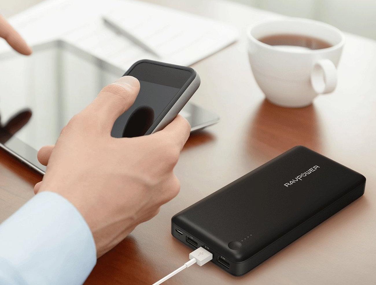 Os melhores carregadores portáteis para celular