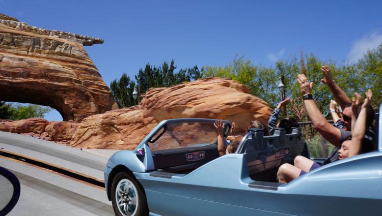 Cars Land na Disney da Califórnia