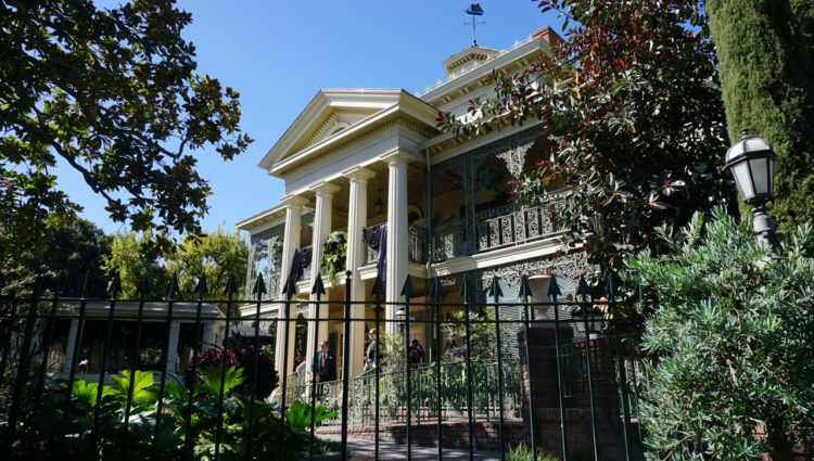 Disneyland Park Haunted Mansion
