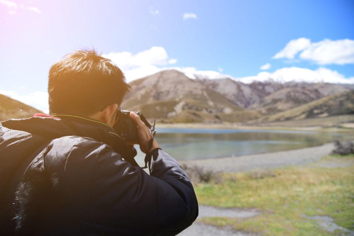 Qual a melhor câmera para tirar fotos em viagens