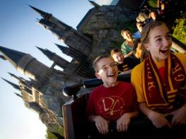 Produtos de Harry Potter nos parques da Universal