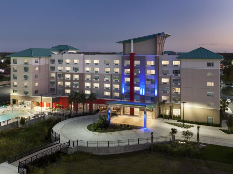 Holiday Inn Express and Suites at SeaWorld: hotel próximo aos outlets de Orlando