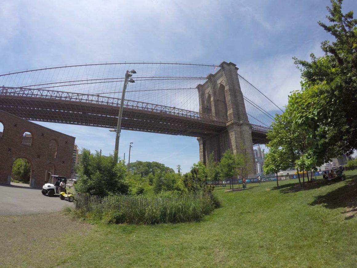 O que fazer em Dumbo, o bairro da ponte do Brooklyn (com mapa!)