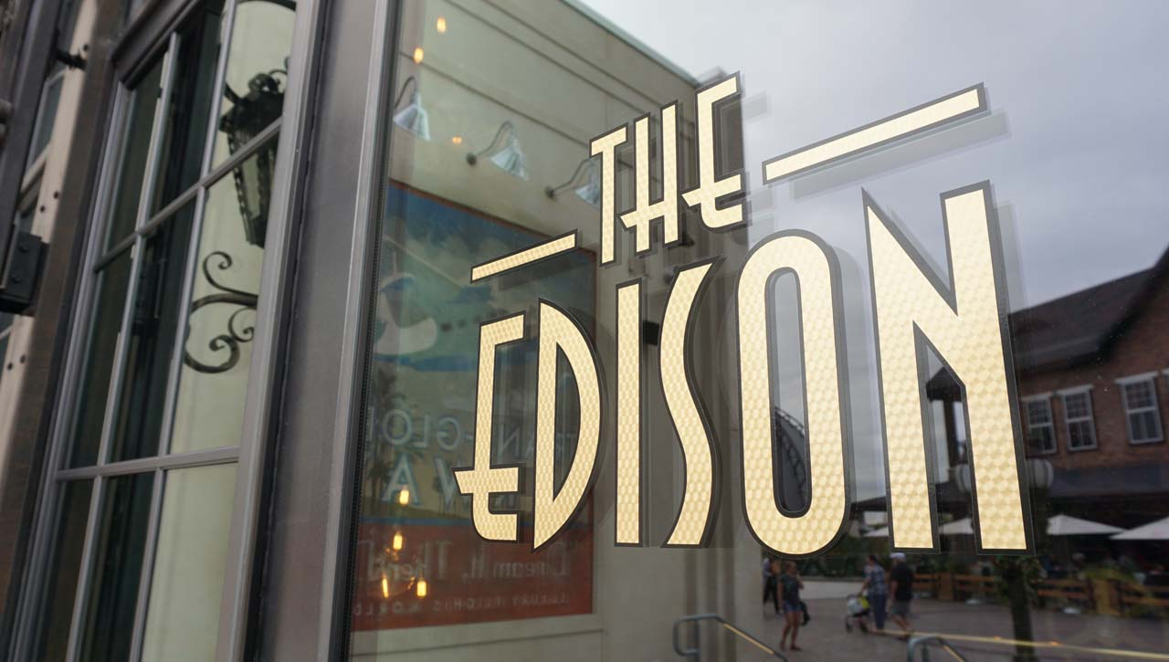 Restaurante americano The Edison em Disney Springs