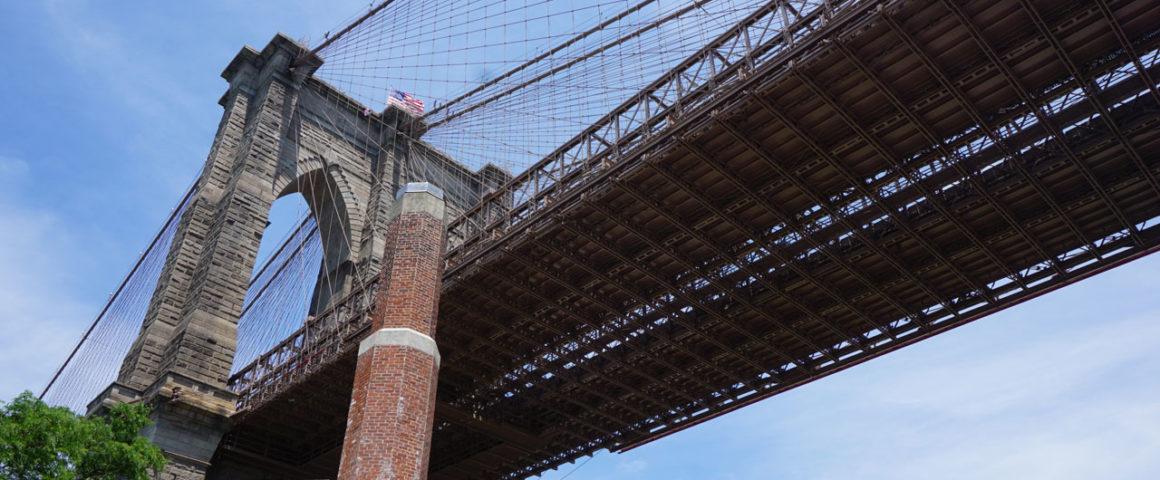 Como atravessar a ponte do Brooklyn