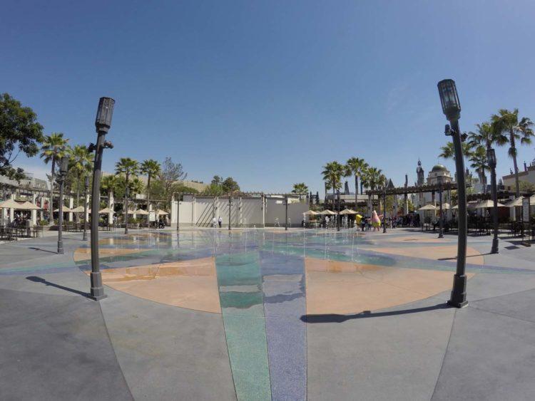 Como é o parque Universal Studios Hollywood`