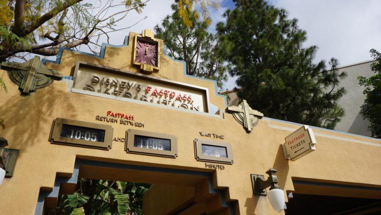 Como funciona o MaxPass na Disneyland