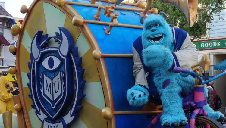 Pixar Play Parade - Disneyland Park
